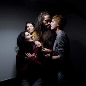 Mickaël Phelippeau & girls